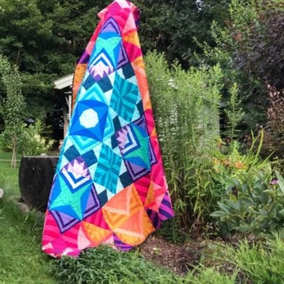 Quilt Parade {Modern Triangle Medallion Quilt Along}