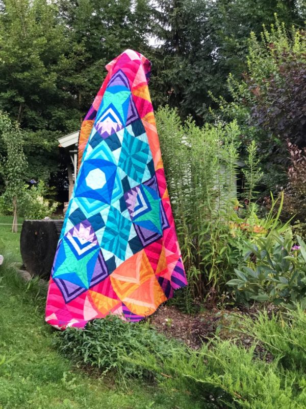 Wrap Up and Winners {Modern Triangle Medallion Quilt Along}