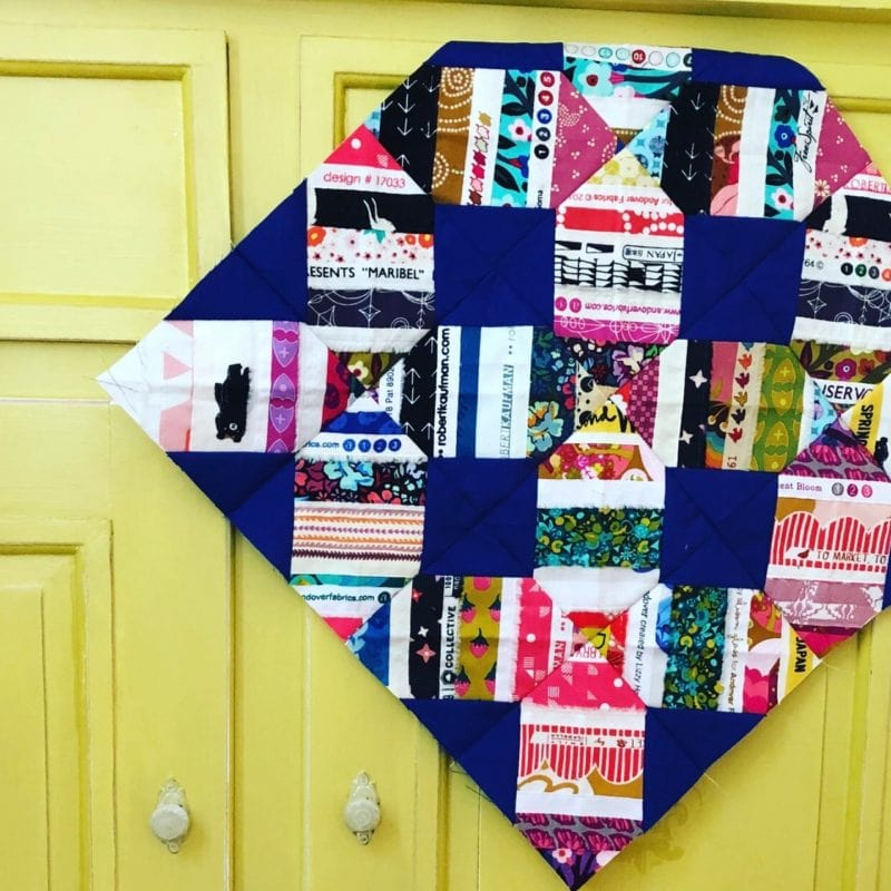 Selvage Quilt Block Tutorial {the Criss Cross Block}